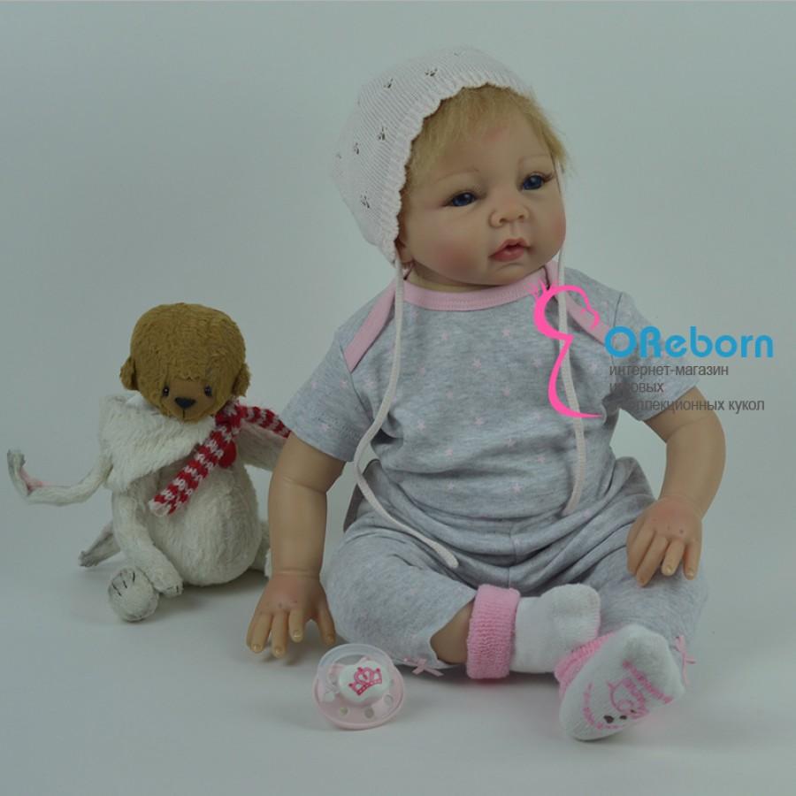 Кукла реборн с светлыми волосами с мягконабивным телом
