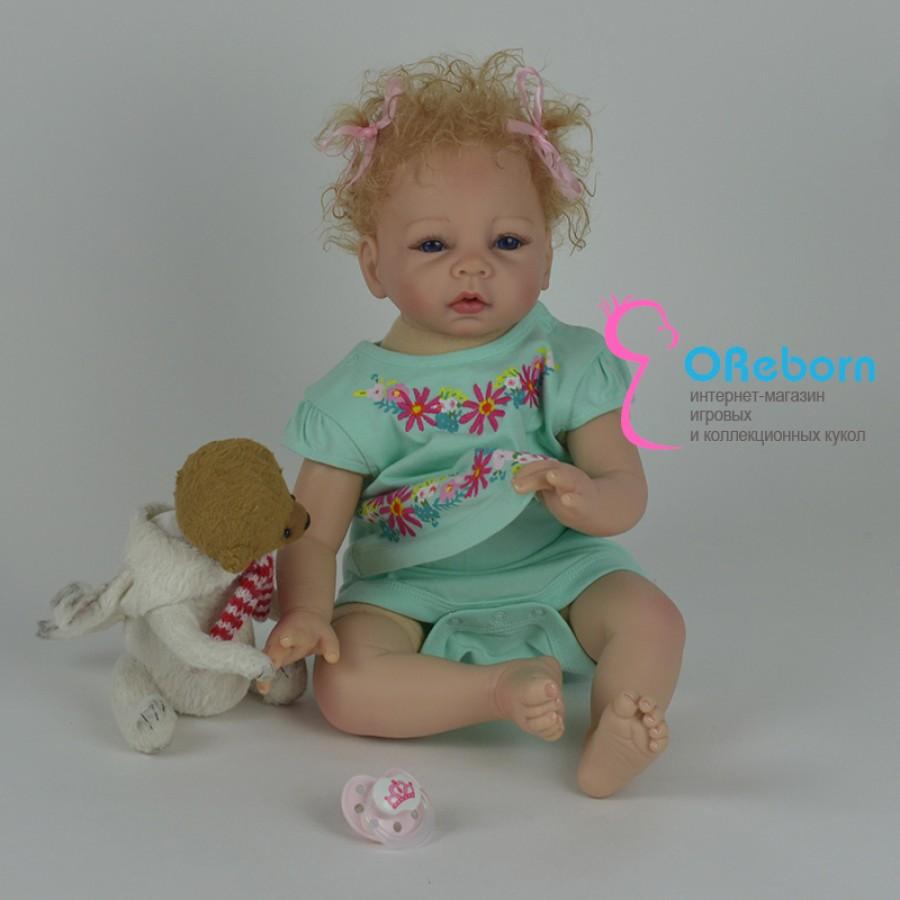 Кукла реборн девочка в платье с мягким телом и волнистыми волосами
