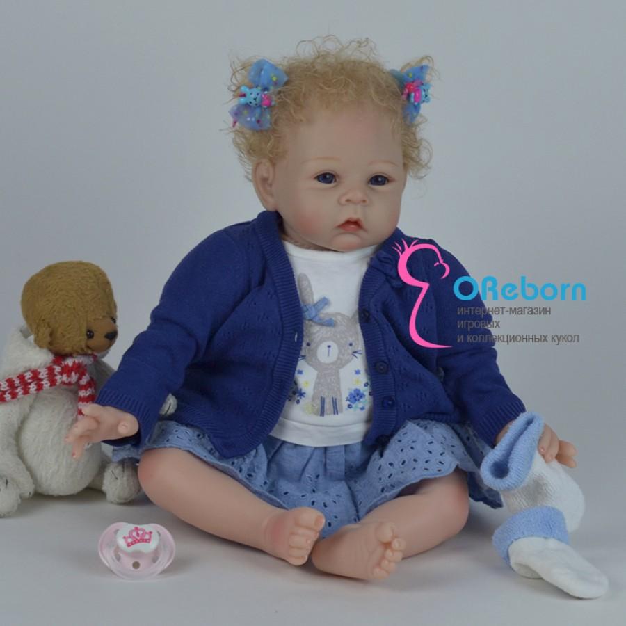 Кукла реборн девочка с кучерявыми светлыми волосами